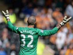 Victor Valdes Responds to Louis Van Gaal 'no Play' Claims