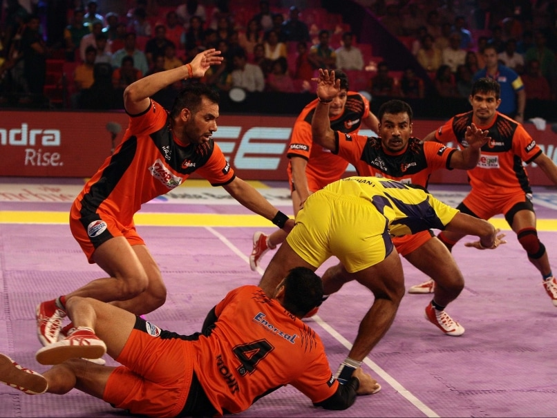 Pro Kabaddi League: U Mumba Beat Telugu Titans to Remain ...