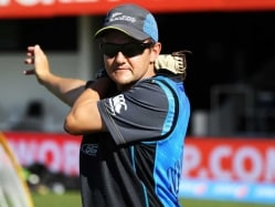 New Zealand Coach Mike Hesson Extends Contract