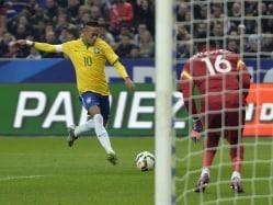 Neymar Shines as Brazil Beat France in Friendly
