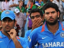 Mahendra Singh Dhoni Gets a Mouthful from Yuvraj Singh's Father, Again