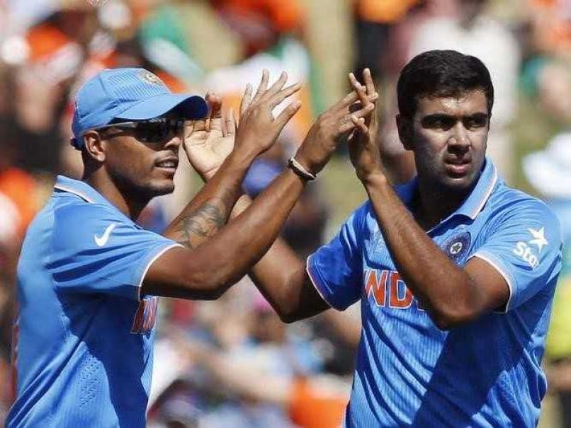 Photo of Umesh Yadav & his friend cricket player  R Ashwin - India