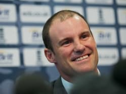 Andrew Strauss Issues Bangladesh Deadline to England Players