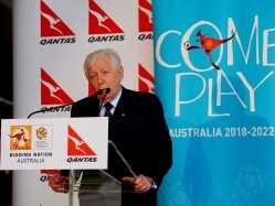 Australian Football Federation Chief Frank Lowy Quits