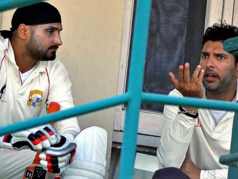 Photo of Harbhajan Singh & his friend  Yuvraj Singh