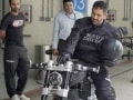 Bike War On Twitter, Mahendra Singh Dhoni Challenges Darren Gough