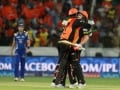 Warner Helps Sunrisers Hyderabad Thrash Mumbai Indians by Seven Wickets