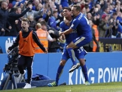 Leonardo Ulloa Nudges Leicester City Closer to Title, Arsenal F.C. Held