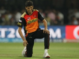 Ashish Nehra Successfully Undergoes Knee Surgery in London