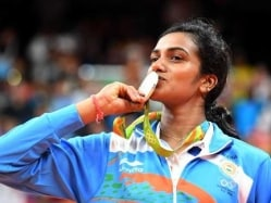 PV Sindhu Hailed by Abhinav Bindra, Others After Rio 2016 Silver Medal