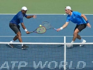 Leander Paes-Andre Begemann Blow Away Five Match Points to Lose ATP Final