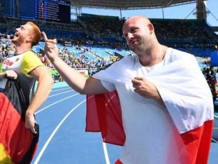 Polish Olympian Auctions Rio Olympics Silver Medal to Save Boy Battling Cancer