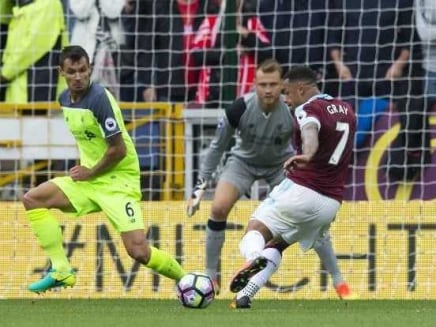 Premier League: Liverpool Rocked by Burnley, Manchester City Stroll