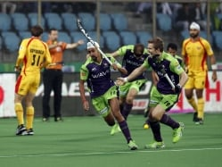 Delhi Waveriders Snap Losing Streak, Thump Champions Ranchi Rays