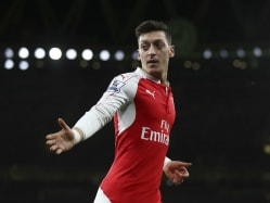 Mesut Ozil, Ox Get Arsenal Back to Winning Ways