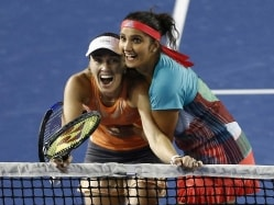 Sania Mirza-Martina Hingis Stretch Winning Run to 40
