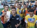 Neymar Takes on Freshly Crowned 'Neymar Jr's Five' World Champions