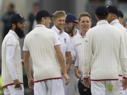 2nd Test: England Crush Pakistan, Level Four-Match Series 1-1
