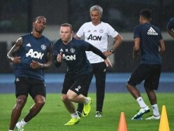 Weather Scuppers Manchester Derby in China