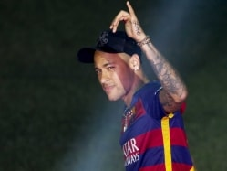 Barcelona Ties Neymar Down With 250 Million Euro Buyout Clause