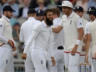 2nd Test: England Extend Lead to 489, Pakistan Face Uphill Task