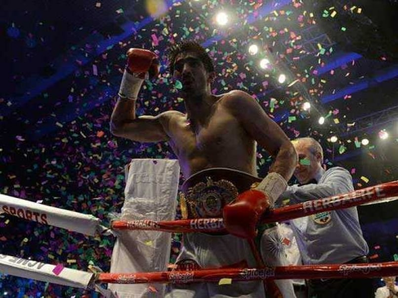 Vijender Singh Hints at Showdown With Amir Khan in India After Clinching Title