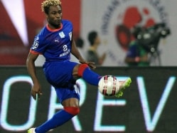 Mumbai City FC Retain Sony Norde For Third Edition of Indian Super League