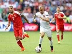 Euro 2016 Live: SUI vs POL Last 16 Clash: POL 1-0 Up At Half-Time