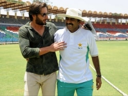 Miandad Refuses to Attend Meetings of Fact-finding Committee For Debacle