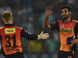 Warner Dubs Bhuvneshwar 'World Class' After SRH Beat RCB in IPL Final