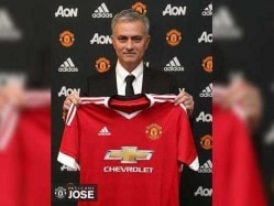 Jose Mourinho Becomes Manchester United's 'Special One'