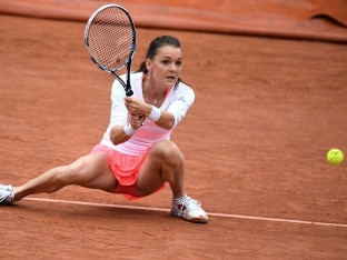 Struggling Agnieszka Radwanska Seeks Seaside Tonic