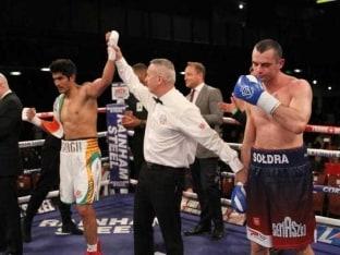 Vijender Singh Triumphs Over Andrzej Soldra Via TKO For Sixth Straight Pro Boxing Win