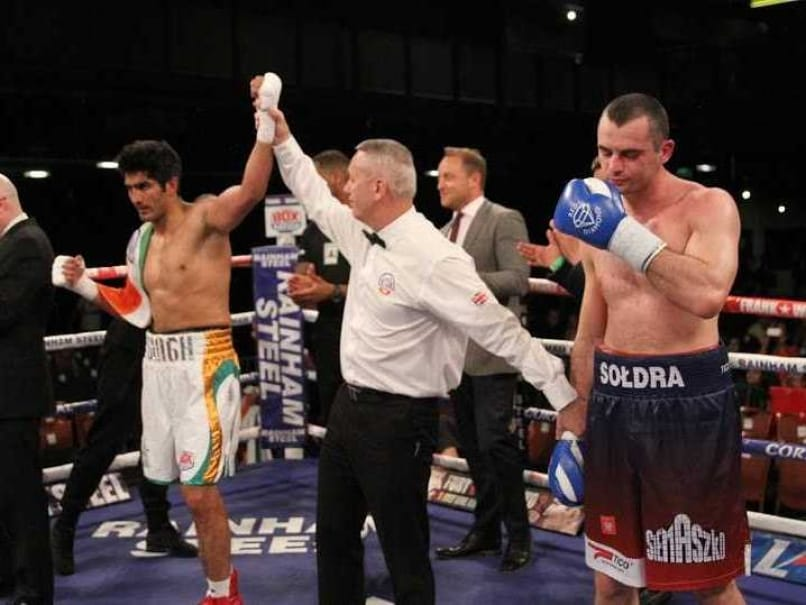 Vijender Singh Triumphs Over Andrzej Soldra Via TKO For Sixth Straight Pro Boxing Win