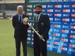 Misbah-ul-Haq Receives Prestigious ICC Test Championship Mace