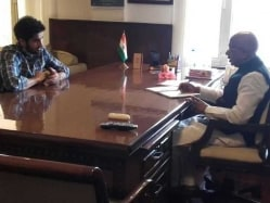 Vijay Goel Meets Vijender Singh to Plan Way Forward For Indian Boxing
