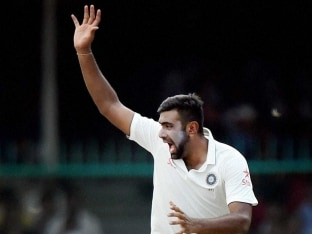 Ravichandran Ashwin Competing With Himself, Not Concentrating on Records