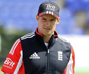 Andrew Strauss Says Fear of Failure a Problem for England