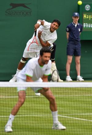Wimbledon 2013: Mahesh Bhupathi-Julian Knowle advance to second round