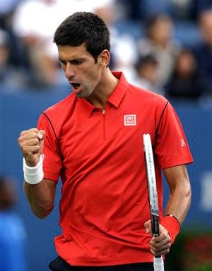 Djokovic holds serve to take the second set 6-3