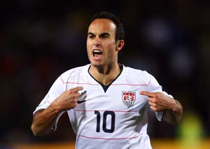 Landon Donovan back in US squad for World Cup qualifiers