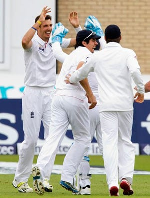 Ashes Test: England vs Australia, Day 2, Live Blog