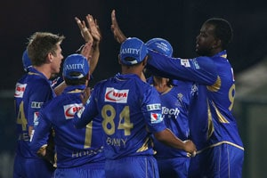 CLT20 Live Cricket Score: James Faulkner and Kevon Cooper