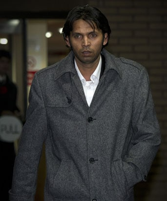 Tainted Mohammad Asif Feels He Deserves to Play for Pakistan Again