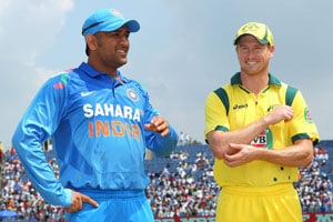 Mahendra Singh Dhoni and George Bailey
