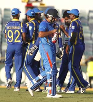 India beat Sri Lanka. Well done Sri Lanka!