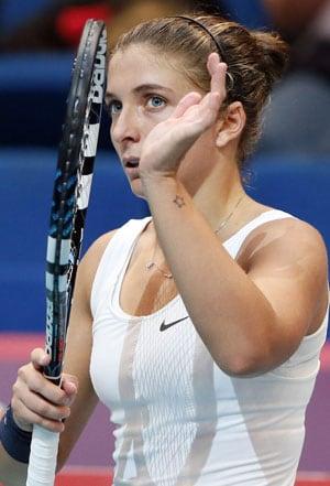 Sara Errani to face Mona Barthel in Paris Open final