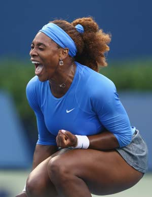 Serena Williams defeats Francesca Schiavone in Toronto opener