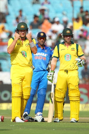 2nd ODI Live Cricket Score: Shane Watson and Phillip Hughes