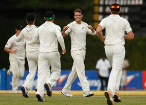 1st Test: Edwards, Bravo fifties take Windies to 168\/2 after follow-on vs NZ